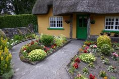 Adare Ireland is supposed to be one of the most beautiful sites in the whole country.  It was very picturesque.