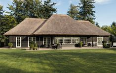Seeking Knowledge About Roofing? - Jack's Roofing Tips and Guide Thatched House, Thatched Roof, Village House Design, Village Houses, Unique Cottages, African House, Roofing Contractors, Roof Repair, Facade Design