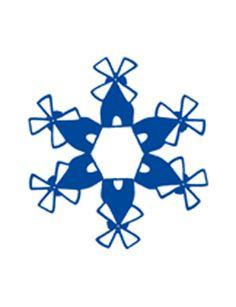 Oer-Hollands servies maak je zó zelf: koop een basic wit servies (Ikea, Hema, Xenos) en schilder er met blauwe porseleinverf één van onze typische Hollandse motiefjes op.