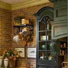 French - notice the back wall of the cabinet