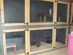 homemade bunny hutch and nice bunny blog. if I had someone to take care of bunny and clean the space :)