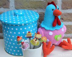 Dots & CROCHET Crochet Birds, Crochet Toys, Crochet Chicken, Dots, Easter, Children, Animals, Crocheting, Patterns