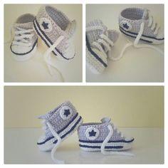 • www.facebook.com/wloczy.sie •   Handmade crochet baby Converse ! Crochet baby booties
