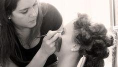 REA Estudio Creativo: maquillaje es fundamental, detalle en casa de la n...