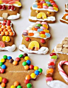 Proste Dekorowanie Pierniczków – Przepis na Lukier - Mała Cukierenka Gingerbread Cookies, Sweet Recipes, Food, Gingerbread Cupcakes, Ginger Cookies, Meals, Yemek, Eten