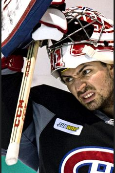 I believe Carey Price is making what Tyra Banks would call the 'Ugly – Pretty' face here. Hockey Baby, Hockey Goalie, Hockey Teams, Hockey Players, Ice Hockey, Hockey Stuff, Montreal Canadiens, Nhl, Hockey Boards