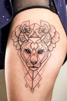 Geometric tattoos help people tell others about their life, personality, or beliefs. We have a photo gallery with cute, patterned tattoos. Tattoos Bein, Body Art Tattoos, Girl Tattoos, Sleeve Tattoos, Tattoos For Guys, Tattoos For Women, Skull Tattoos, Rose Tattoos, Flower Tattoos