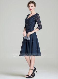 A-Line/Princess V-neck Knee-Length Chiffon Lace Mother of the Bride Dress (008072689)
