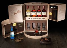 Coffret Aberlour A'Bunadh Initiation Whisky Tasting, Jw Gifts, Good Whiskey, Print Advertising, Packaging Design, Packaging Ideas, Scotch Whisky, Bars For Home, Gift For Lover