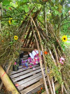 The Fairy Den. All children need one. I need to build this for my Grandson. But we'll call it a Pirates Den. lol outdoor play area for kids forts Outdoor Learning Spaces, Kids Outdoor Play, Outdoor Play Areas, Backyard Play, Outdoor Fun, Natural Outdoor Playground, Backyard Games, Outdoor Games, Kids Outdoor Spaces