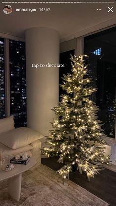 Christmas Feeling, Cozy Christmas, Christmas Is Coming, Christmas Time, Xmas, Dream Apartment, Christmas Decorations, Holiday Decor, Christmas Aesthetic