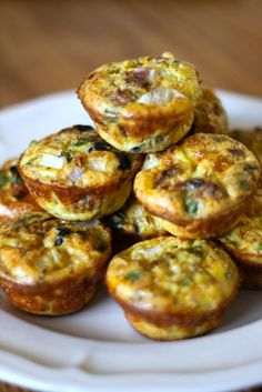Kitchen Sink Egg Muffins for a quick  weekday breakfast!