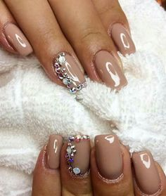 Taupe strass