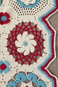you can learn how to do this kind of crochet here! http://www.ravelry.com/discuss/a-new-twist--creative-crochet-designs-by-donna-kay-lacey/topics Bullion Beach Blanket - Crochet Me
