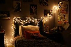 I love christmas lights. I still have christmas light in my room at the top of my mirror all year((: Asking Alexandria, Twinkle Lights, Twinkle Twinkle, String Lights, My New Room, My Room, Girl Room, Christmas Lights, Christmas Time