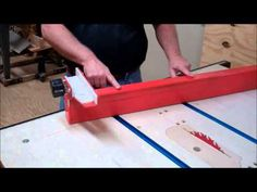 Table saw fence with incremental positioning - YouTube