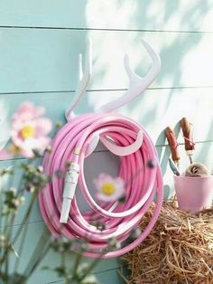 Garden Glory Gartenschlauch in Pink. I Garden Glory hose in pink- if there is too much fire. Pink Garden, Dream Garden, Flowers Garden, Colorful Garden, Easter Garden, Blooming Flowers, Pink Flowers, Pink Love, Pretty In Pink