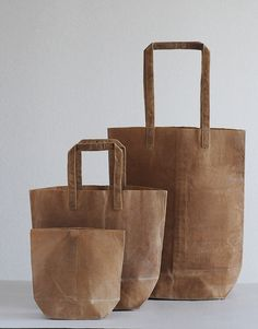 Kazumi Takigawa's line of dyed and waxed canvas bags. Yet paper bag, yet canvas! Waxed Canvas Bag, Canvas Bags, Canvas Paper, Fashion Bags, Fashion Accessories, Beautiful Bags, Leather Bag, Purses And Bags, Reusable Tote Bags