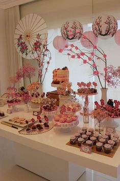 Asian Party Decorations, Asian Party Themes, New Years Decorations, Birthday Party Decorations, Party Ideas, Chinese Birthday, Japanese Birthday, 18th Birthday Party, Deco Candy Bar