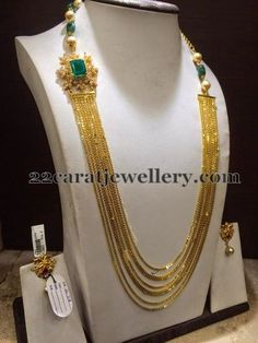 Latest Collection of best Indian Jewellery Designs. Gold Earrings Designs, Gold Jewellery Design, Necklace Designs, Gold Jewelry, Jewelery, Diamond Jewelry, Schmuck Design, Choker, Necklace Set