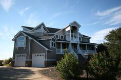 Sound Therapy Corolla (North Carolina) Featuring an outdoor pool, Sound Therapy is a holiday home situated in Corolla in the North Carolina Region. It provides free private parking. Free WiFi is featured throughout the property.