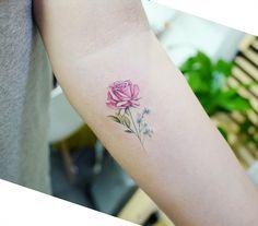 "6,155 curtidas, 19 comentários - Tattooist Banul (@tattooist_banul) no Instagram: "": Rose . . #tattooistbanul #tattoo #tattooing #rose #rosetattoo #colortattoo #flowertattoo…"""
