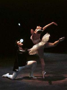 Maya Plisetskaya and Nikolai Fadeyechev in 'Swan Lake', 1964