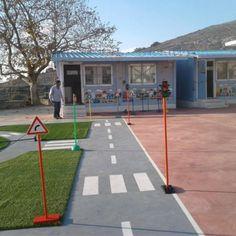 Το ωραιότερο σχολικό προαύλιο με επιδαπέδια παιχνίδια βρίσκεται στη Νάξο! #sxoleio #σχολειο #ναξος #naxos #ομορφοσχολειο #ωραιοσχολειο #σχολειοναξος Sports, Hs Sports, Sport