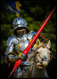Jousting knight from Herstmonceux Medieval fair.  Photo by Tony West 2009