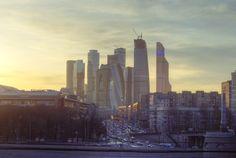 IBC_Moscow,_Mar2015.jpg 2239×1500 pixels