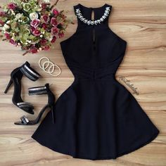 Love this black dress! Sexy Dresses, Cute Dresses, Beautiful Dresses, Dress Outfits, Casual Dresses, Short Dresses, Fashion Dresses, Frack, Classy Dress