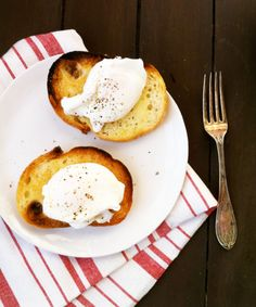 Read How to Poach Eggs in the Microwave