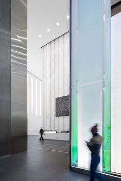 Gallery of One World Trade Center / SOM - 28