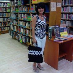 Crochet handbag LiliAnna / Háčkovaná kabelka s rúčkami z drevených korálov
