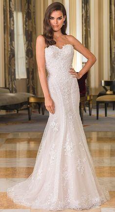 Mahlia : Hobnob Bridal : Perth