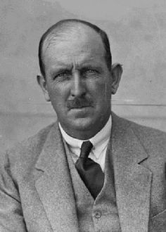 Ivo Whitton (5) majors total : Australia Open (1912,1913,1926,1929,1931)