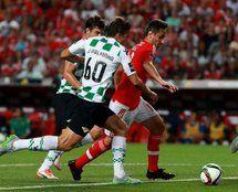 Primeira Liga: Benfica dá a volta e vence Moreirense por 3-2