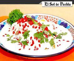 #FOOD #SWD #GREEN2STAY Chiles in walnut sauce , colonial flavor of Puebla  Chiles en nogada, sabor colonial de Puebla