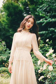 LOONA | Jeon Heejin 전 희진 | October 19th, 2000 | 164 cm
