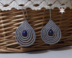Tutorial: Loops earring – Macramotiv Macrame Earrings Tutorial, Necklace Tutorial, Macrame Tutorial, Earring Tutorial, Crochet Earrings, Lace Necklace, Macrame Necklace, Diy Jewelry, Jewelry Making
