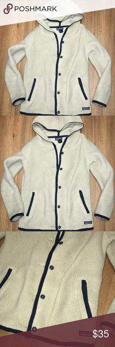 Patagonia hooded jacket size Xs Super soft Patagonia jacket in size Xs nice condition Patagonia Jackets & Coats
