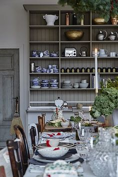 Only Deco Love: Kitchen Christmas Inspiration Scandinavian Interior Design, Beautiful Interior Design, Luxury Interior Design, Country Kitchen, New Kitchen, Kitchen Decor, Kitchen Design, Kitchen Ideas, Kitchen Trends