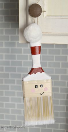 Paint Brush Santa Ornaments from mycreativedays.com