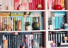 … não tem como errar com uma estante de livros bem recheada. | 24 estantes que vão provocar arrepios em qualquer amante de livros
