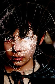 """Merlin"" Asa Butterfield (Young Mordred)"