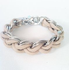 Hey, I found this really awesome Etsy listing at https://www.etsy.com/listing/123229836/tessuto-paracord-chain-bracelet