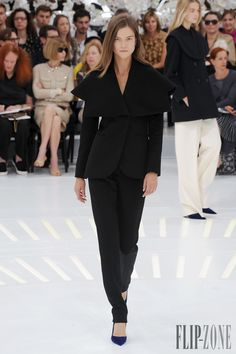 Christian Dior Herbst/Winter 2014-2015 - Couture - http://www.flip-zone.de/fashion/couture-1/fashion-houses/christian-dior-4797 - ©PixelFormula