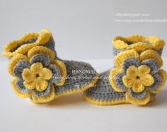 Crochet baby booties baby girl shoes boots socks by EditaMHANDMADE