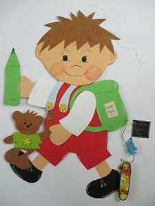 Risultati immagini per Schule Dekoration Frühling Fall Classroom Decorations, Class Decoration, Diy And Crafts, Crafts For Kids, Wall Painting Decor, First Day Of School, In Kindergarten, Art School, Paper Dolls