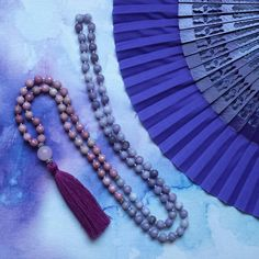 The Flower Fairy Mala sprinkles  positivity and openmindedness. It is perfect for modern hippies and free spirits who love nothing better than being out in nature, singing with the birds, walking barefoot through the fields and wearing flower crowns.